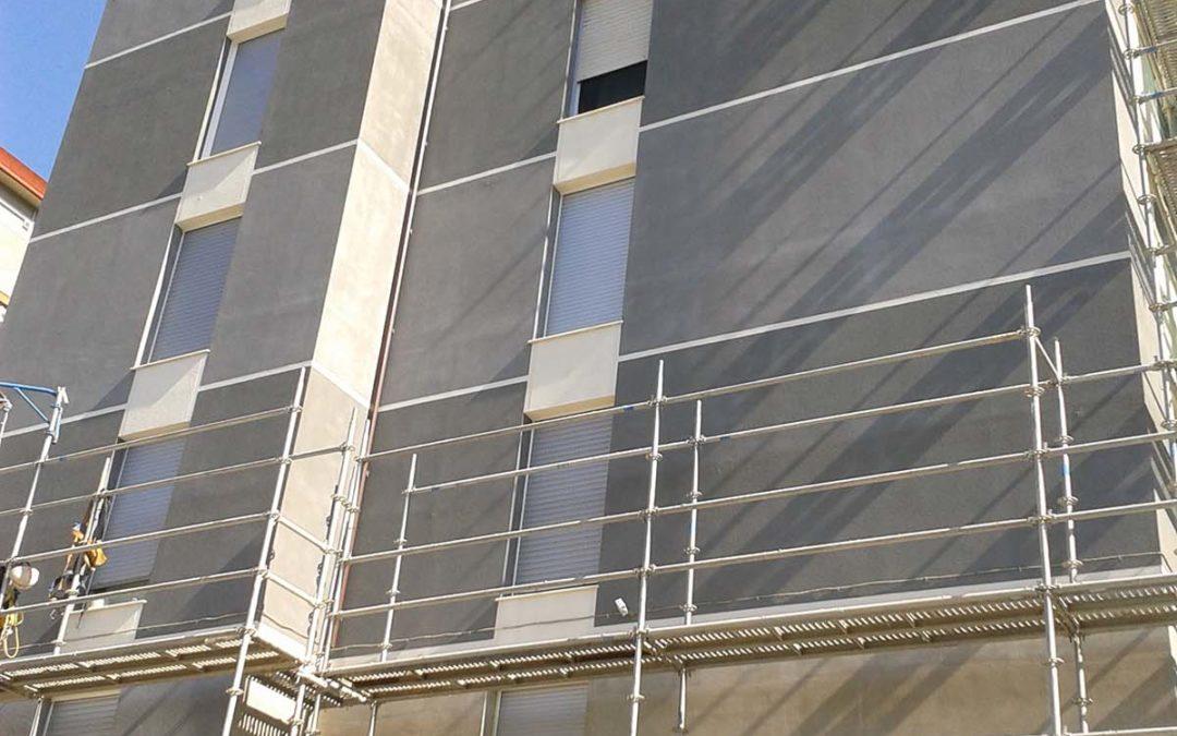 Tejado y fachada en Juan de Aranoa, Amurrio